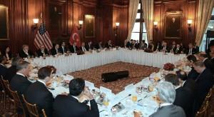 Cumhurbaskani Erdogan TOBB Baskani Hisarciklioglu. Muhtar Kent ve ABDli Isadamlariyla Bulustu_2 (Medium)