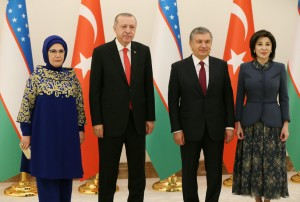 2018-04-29-ozbekistan-006-karsilama