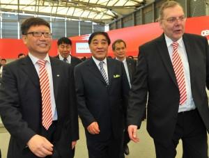 Oerlikon at ITMA Asia 2012 (Medium)